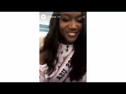 12/09/16: Karaoke Time At The Miss Universe Bus