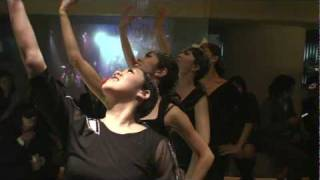 仮面舞踏会でバレエ