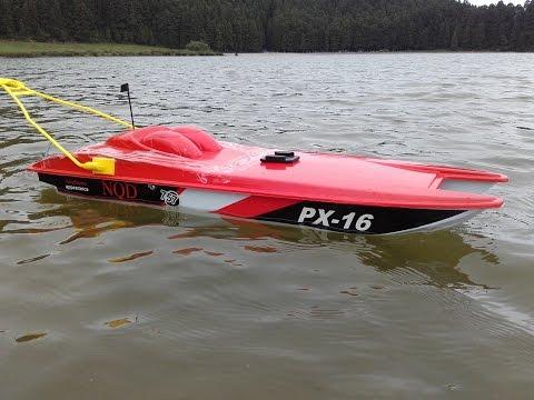 Rc tracker fishing boat doovi for Rc boats fishing
