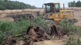 Craig Manufacturing - Land Clearing Rake on a Volvo Wheel Loader