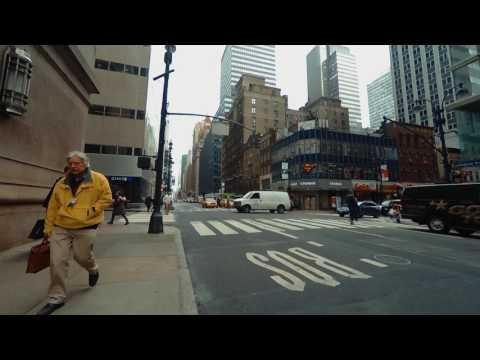 BINAURAL NY: Walking Up Lexington Avenue - Listen with headphones