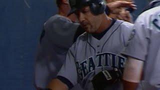 Edgar Martinez slugs his 300th career home run
