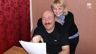 Смотреть На службе муз. Юмористы Артур и Фатима Кидакоевы (25.09.2014) онлайн