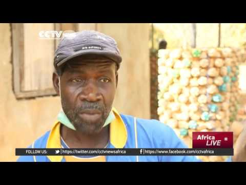 Nigerians turn disposable plastic bottles into affordable housing