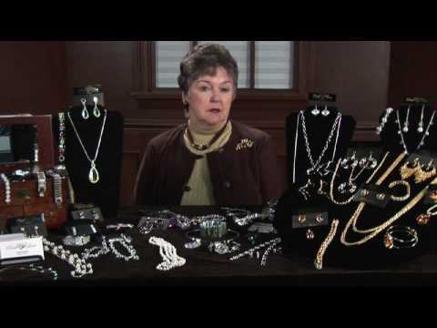 Buying & Selling Jewelry : About Antique Jewelry