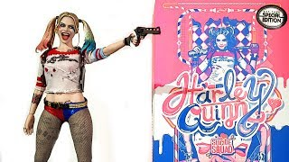 UNBOXING HOT TOYS HARLEY QUINN ( SUICIDE SQUAD ) 1/6 SCALE FIGURE