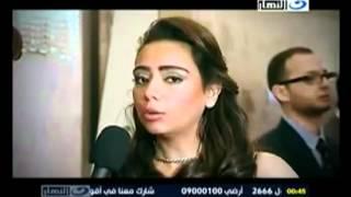 استلام ساره الطباخ مدير اداره التسويق بشبكه تليفزيون النهار جائزة افضل قناه
