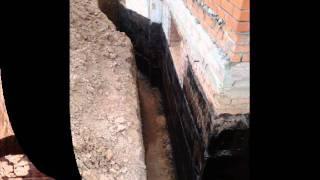 Жидкая резина, ремонт гидроизоляции фундамента(Показан полный цикл работ по ремонту гидроизоляции фундамента коттеджа. Используется однокомпонентная..., 2011-09-01T16:45:19.000Z)