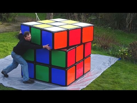 new footage official biggest rubik 39 s cube in the world by. Black Bedroom Furniture Sets. Home Design Ideas