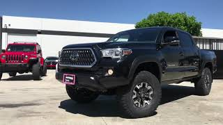 2018 Toyota Tacoma on Bilstein OME & Tundra on Fox and 35's