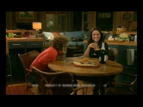 Download THE NEW ADVENTURES OF OLD CHRISTINE (BLOOPERS)