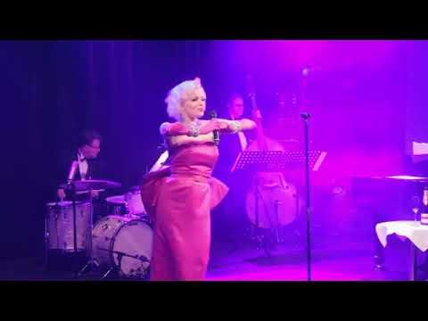 Marilyn Monroe - Lookalike/ Tribute - Sings Diamonds Mp3