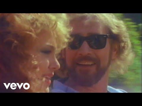 Earl Thomas Conley - Love Don't Care (Whose Heart It Breaks)