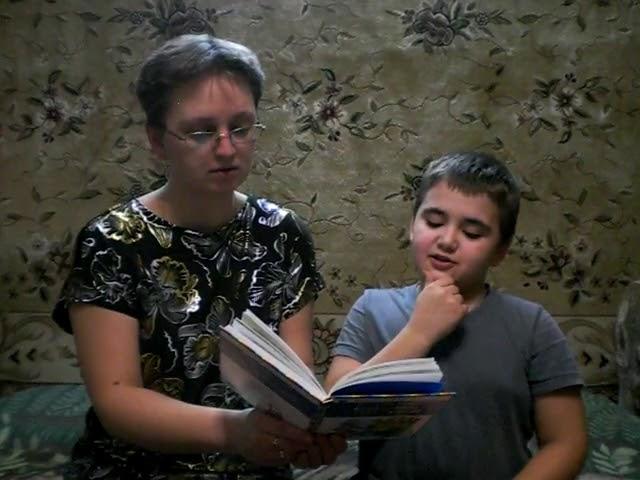 Изображение предпросмотра прочтения – КириллСергеев читает произведение «Хорошее» В.А.Осеевой