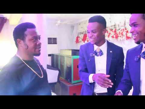 Download GOZIE OKEKE. MIC C PHILIPS AND BLESSED SAMUEL LIVE ON SUPERTWIMS WEDDING.