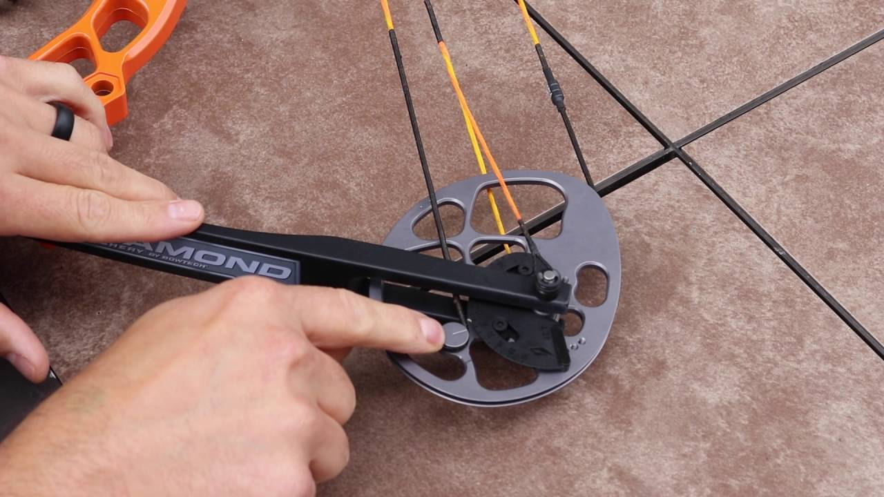 How to adjust the draw length on the Diamond Archery Prism ...