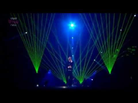 Conor Maynard - Can't Say No/Turn Around (Live MOBO Awards 2012)