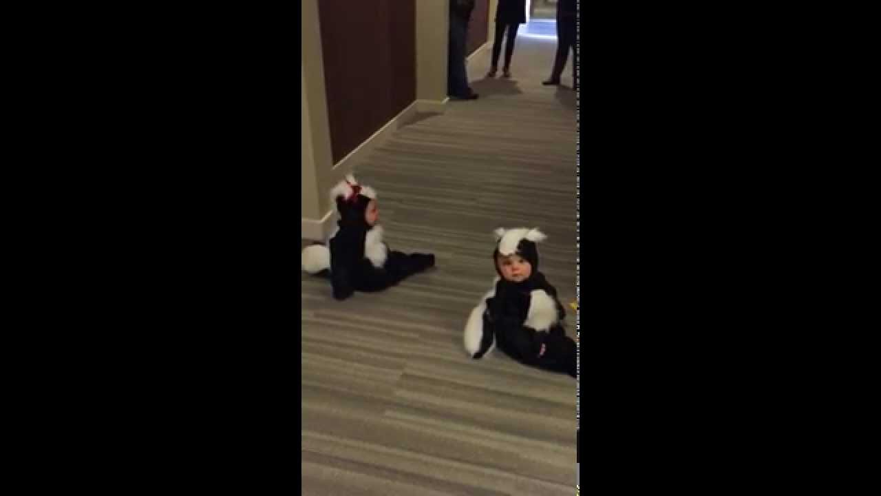 sc 1 st  YouTube & Lilu0027 Stinkers (Piper and Grayson) - YouTube