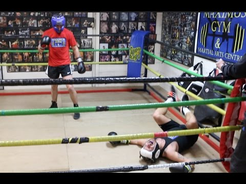 BRUTAL KO! – DAPPER LAUGHS GETS KNOCKED OUT IN FIRST EVER SPARRING SESSION / BOXING FOR HEROES