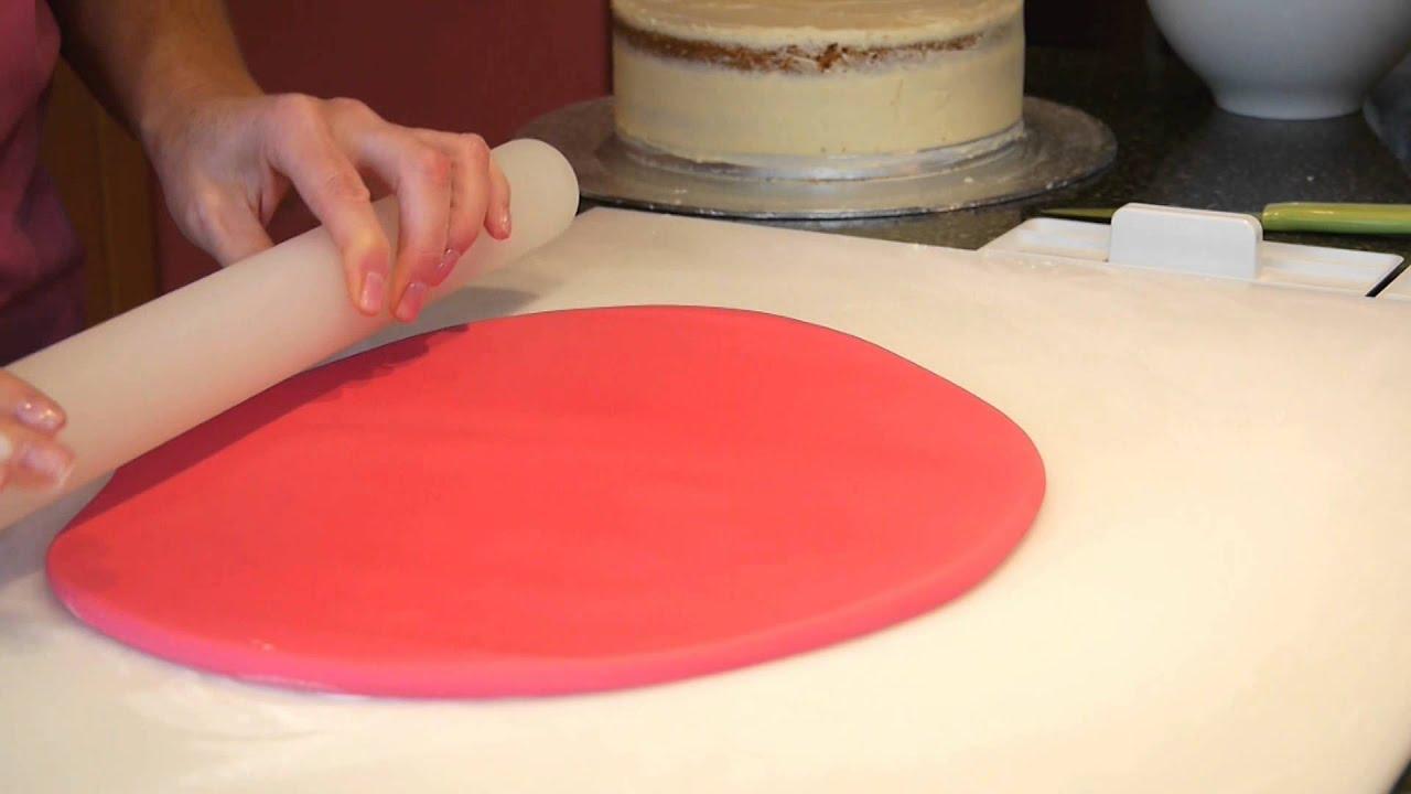 Sugar Paste Cake Decorating Covering A Cake With Sugarpaste Cake Craft World Video 3 Youtube
