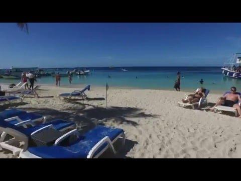 Beach at Henry Morgan resort Roatan