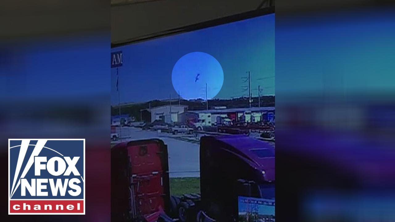 Cameras catch deadly military cargo plane crash in Georgia