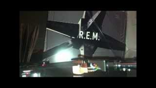 R.E.M. The sidewinder sleeps tonite