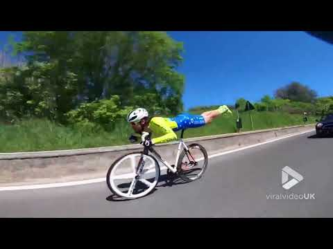 Superman of cycling is back again || Viral Video UK