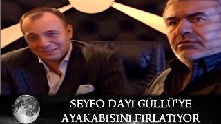 Seyfo Dayı Güllü Erhan'a ayakkabısını fırlatıyor - Kurtlar Vadisi 39.Bölüm