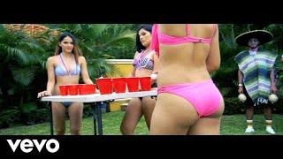 Смотреть клип El Chevo - Me Patina El Coco