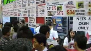COMEX Singapore Crowd Thumbnail