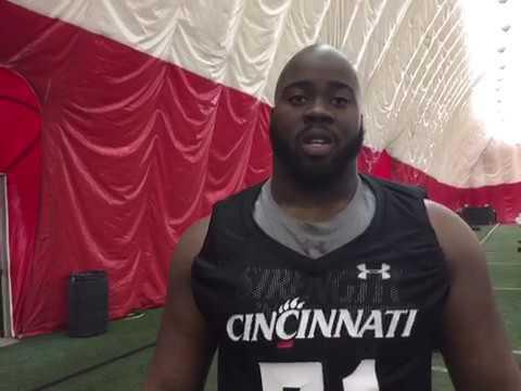 the latest 9fb80 9fe81 University of Cincinnati offensive lineman Korey Cunningham