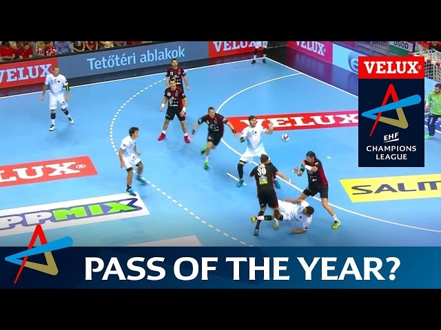 Is this the assist of the year? | VELUX EHF Champions League