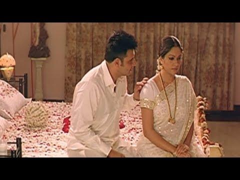 Abbas And Gracy Singh First Night Scene    TFC Films & Filmnews