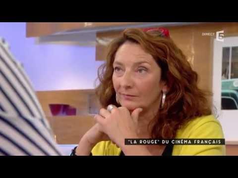 Corinne Masiero, la rouge du cinema français - C à vous - 15/09/2015