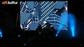 Modeselektor - 02 - Pretentious Friends (MELT! 2012)