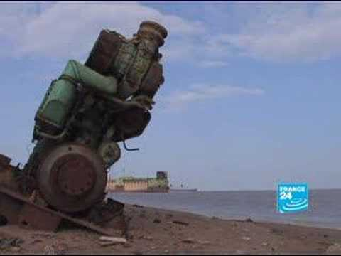 FRANCE24-FR-Reportage-Anang & le paquebot France - YouTube