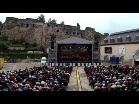 Pueri Cantores Luxembourg - Chichester Psalms I
