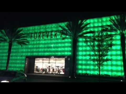 Forever 21 outdoor lights Los Cerritos Mall