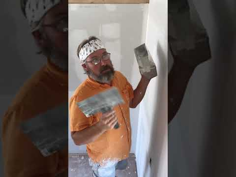 Mudding The Butt Joint Seams When Finishing Drywall.