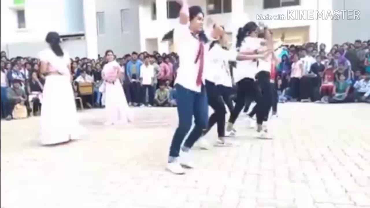 College girls | dance program | freestyle cool dance performance by girls in college