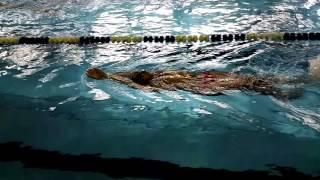 Упражнение 24 плавание на спине на ногах с обтекаемым положением тела
