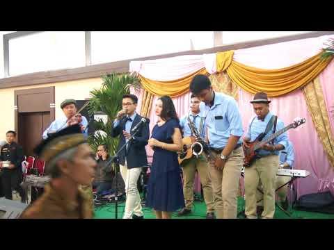 Kisah Romantis - Glenn Fredly (Cover) By Dakota Music Entertainment at Graha Zeni, Matraman.