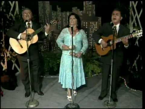 Trio Tempo de Bolero - Amor por Ti
