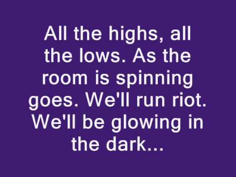 Coldplay - Charlie Brown Lyrics