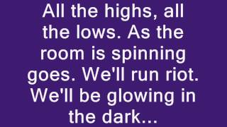Repeat youtube video Coldplay - Charlie Brown Lyrics