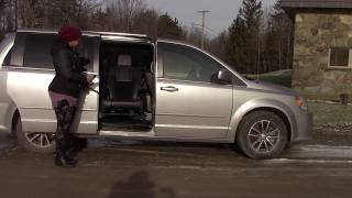 Easy-Reach Demonstration Passenger Rear of Dodge Caravan 2011-Present (Exterior View)