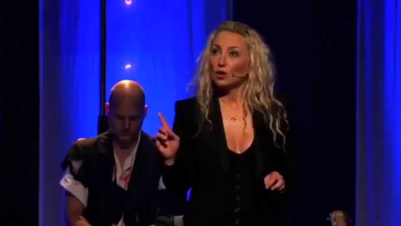 christelle chollet et son music hall revisit bientt galli - Christelle Chollet Mariage