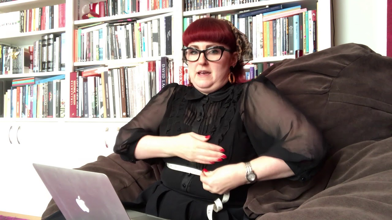 10140ebcd4 Lori Smith Finds Her Bra Size  32E - YouTube
