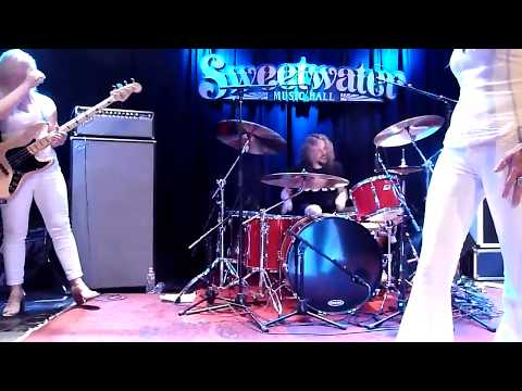【Zepparella】 Out On The Tiles with Marco Minnemann (Sweetwater Music Hall - 7/8/17)